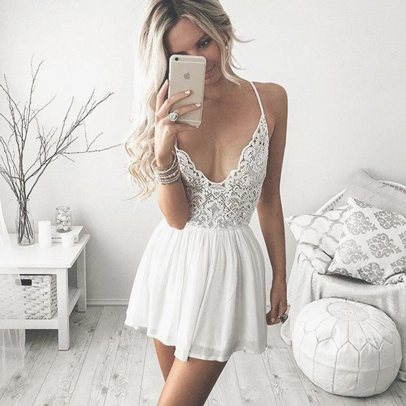 A Lines White Homecoming Dresses Zippers Sleeveless Lace Spaghetti Straps Above Knee Dress