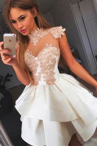 Empire White Homecoming Dresses Appliques Sleeveless Lace High Collar Short Homecoming Dress