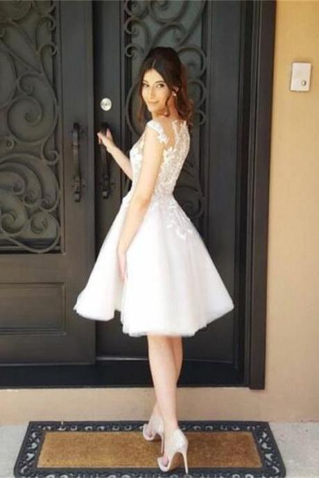 A-Line/Column White Homecoming Dresses Appliques Sleeveless Appliques Sheer Neckline Mini Homecoming Dress
