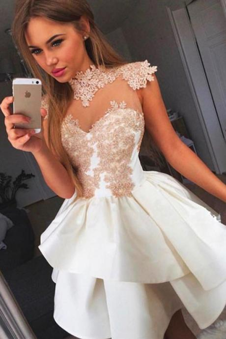 Princess Ball Gown Wrapped Chest Homecoming Dress,Sleeveless Appliques Satin Short Prom Dress