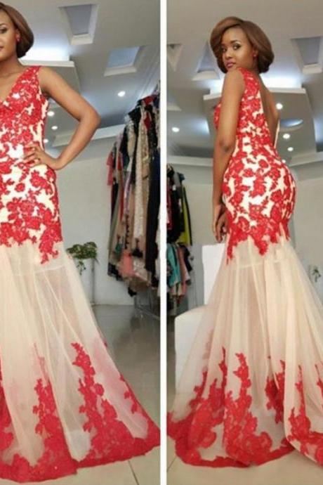 Red Appliques V-Neck Mermaid Tulle Prom Dresses 2017