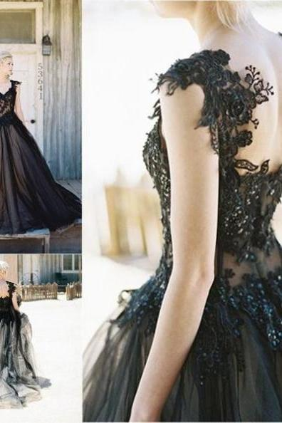 Black Round Neck Appliques Ball Gown Tulle Prom Dresses 2017