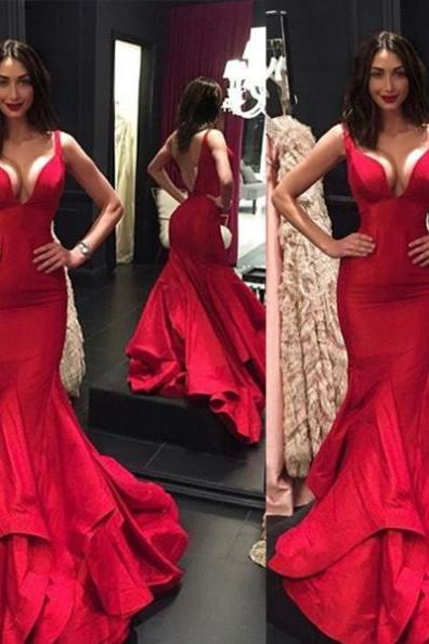 Red Straps Backless Trumpet/Mermaid Satin Prom Dresses 2017