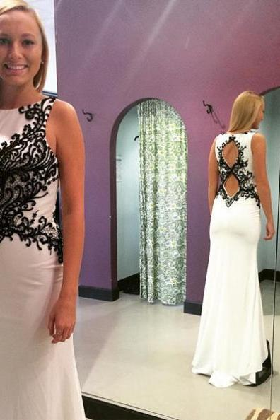 White Appliques Round Neck Prom Dresses 2017
