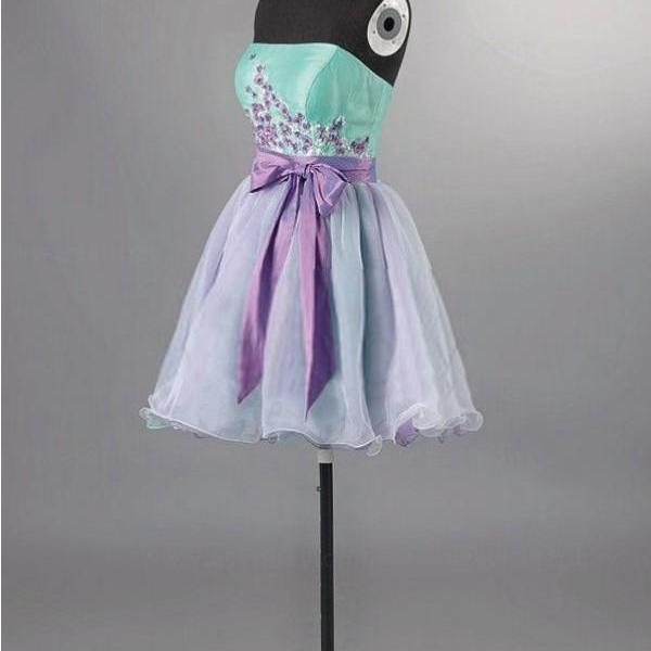 A-Line/Column Light Purple Homecoming Dresses Laced Up Sleeveless Bow Strapless Above Knee Homecoming Dress