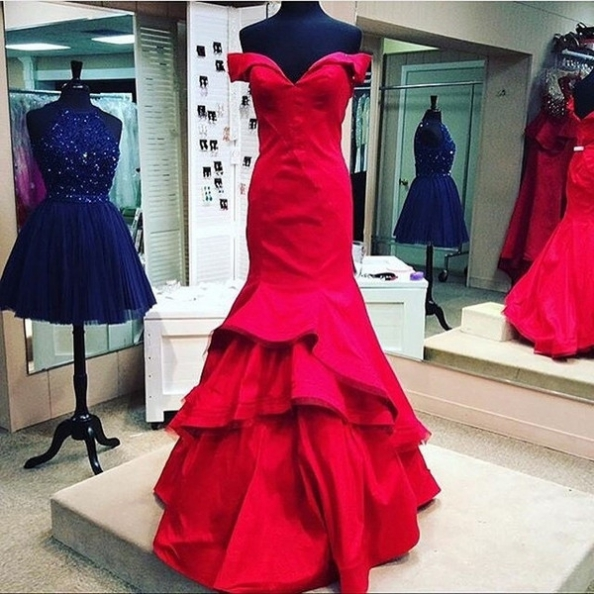 Red Long Trumpet/Mermaid Off-the-Shoulder Satin Prom Dresses 2017