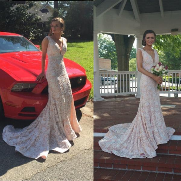White V-Neck Chapel Train Mermaid Lace Prom Dresses 2017